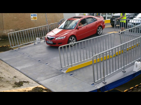 Floating bridge 6 car ramp issues on first day of service cowes isle of wight