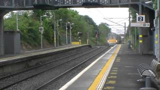Irish Rail 22000 DMU 22002 + 22055 passes Portmarnock with a two tone horn