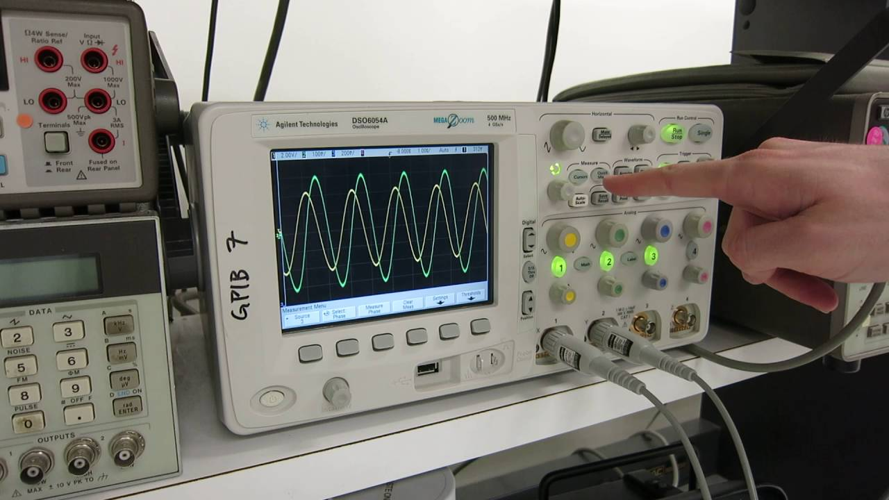 how to find resonant frequency using oscilloscope