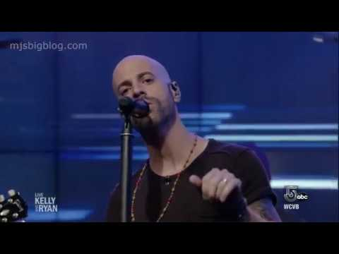 Chris Daughtry Performs