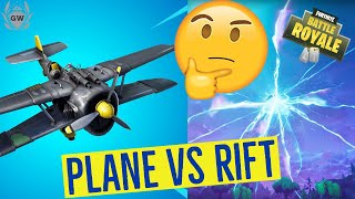 WHAT HAPPENS IF YOU FLY THE X-4 STORMWING PLANE INTO A RIFT IN FORTNITE BATTLE ROYALE! TOP SECRET!