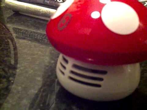 Super Amazing Mini Table Vacuum Cleaner!