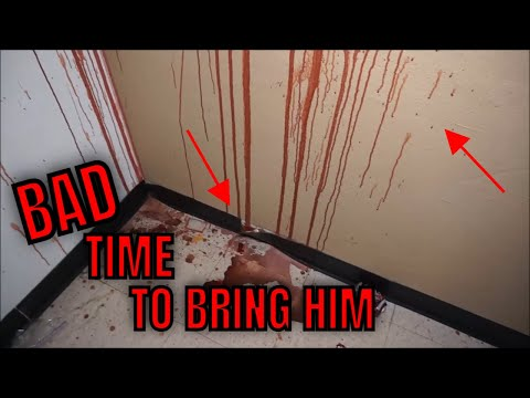 "(ABANDONED GHOST TOWN } Having fun with a FAM and friends, Join us for a fun but ""CREEPY EXPLORE"""