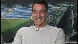 [2007] Frank Lampard's fiancée embarrasses John Terry live on air!