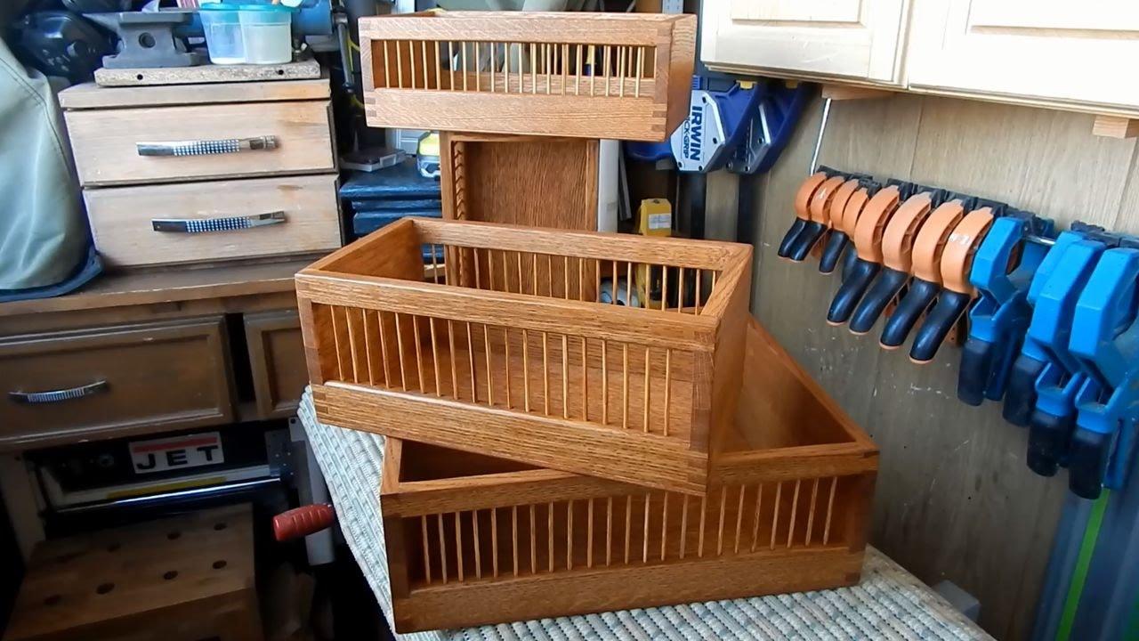 Деревянный ящик для хранения урожая - отличный подарок дачнику .