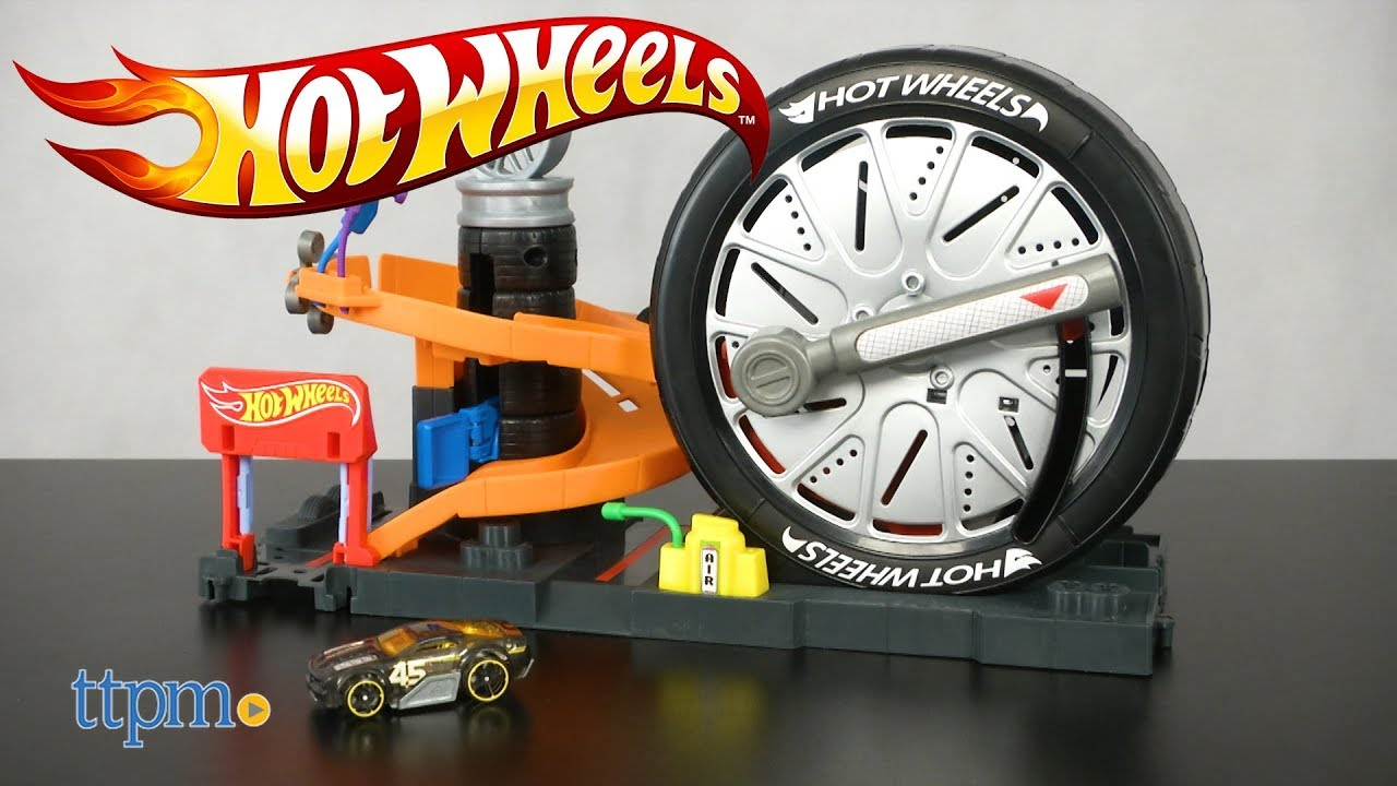 hot wheels city super spin tire shop from mattel youtube. Black Bedroom Furniture Sets. Home Design Ideas