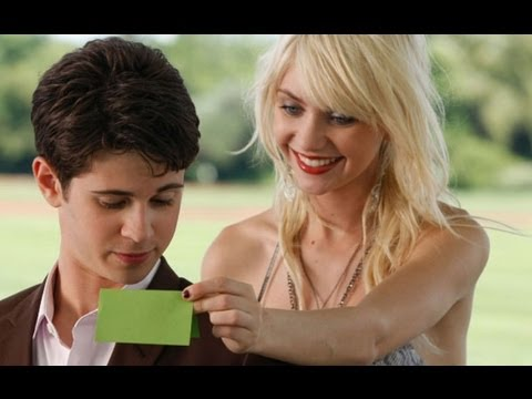 Spotted: Connor Paolo and Taylor Momsen on the Gossip Girl Series Finale Set!