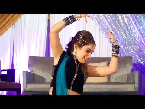 Manwa Laage Dance Performance