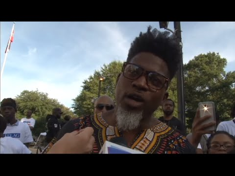 "Myrlie Evers-Williams and David Banner Support ""1 Flag for All"" Rally"