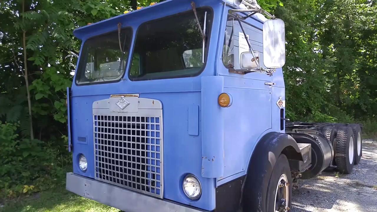 1963 Diamond Reo truck