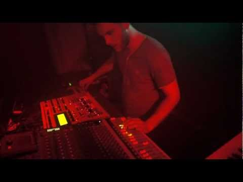 AUDDIE LIVE @ ALL YOU NEED IS EARS (ACID EDITION) TRESOR 27.042012