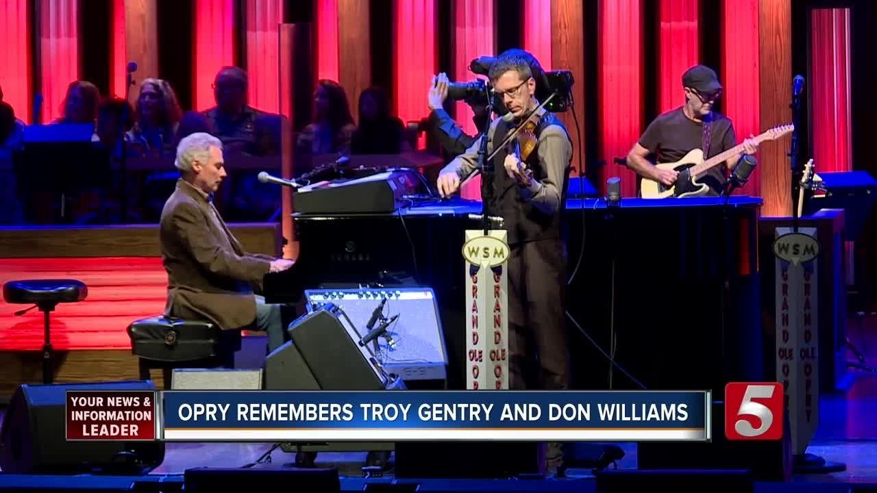 US country music singers Don Williams and Troy Gentry die