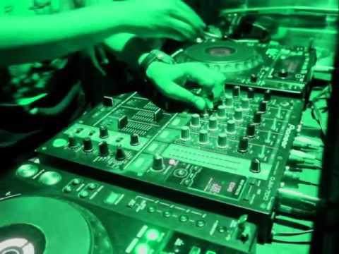DJ KT LIVE IN THE PARK NAVI MUMBAI DUSK