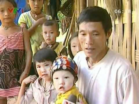 Chuyện về dân tộc ít người nhất Việt Nam.mp4