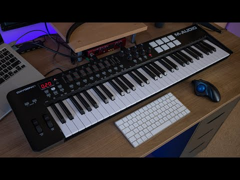 M-Audio Oxygen 61 MK4: Unboxing & How To Install 🎹