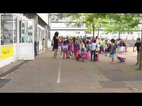 #InstaNews Mobilisation pour une ouverture de classe à l'école Erckmann-Chatrian de Metz Borny