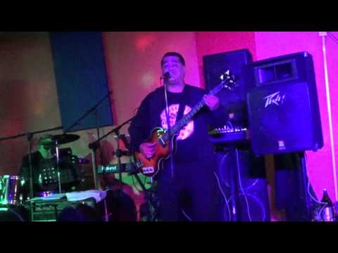 DRIVE MY CAR COVER CON THE SERGEANTS BAND