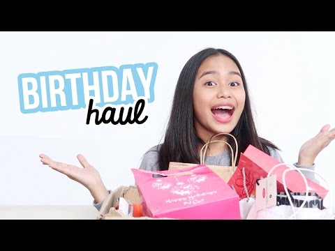 Birthday Haul 2017! (Philippines) | ThatsBella: Hey! That's right, it's Bella! Sorry, im late but here's my birthday haul! Thank you to everyone who took time to greet me or even give me a gift. Love ya all! I hope you guys enjoyed this video.  ► Subscribe T H A T S B E L L A https://www.youtube.com/channel/UC0hP6i3jTz4I8x_oPfgnQow  F A C E B O O K  https://www.facebook.com/thatsbellayt/  I N S T A G R A M  https://instagram.com/thatsbellayt/  T W I T T E R https://twitter.com/thatsbellayt/  S N A P C H A T thatsbellayt  A S K . F M thatsbellayt  Here's my P.O. Box where you could send letters and stuff! THATSBELLA P.O. Box #39658 Lipa City, Batangas, Philippines  F A C T S  A B O U T  M E N A M E: Arabella N A T I O N A L I T Y: Filipino  C A M E R A: Canon Powershot G7X 2 E D I T I N G  S O F T W A R E: Final Cut Pro X  B U S I N E S S / S P O N S O R S:  bellefrances09@gmail.com  D I S C L A I M E R: This is not a sponsored video!