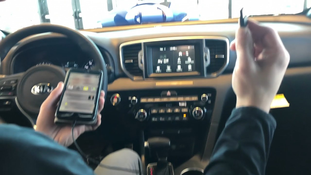 How To Use Apple Carplay On Your Iphone In Your Kia Youtube