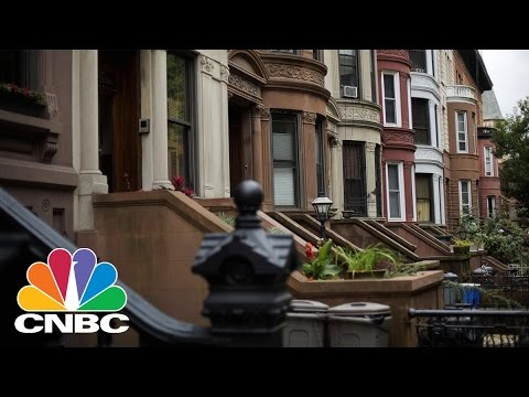 China's Small Investors Are Sending Money Abroad Thanks To New Tech | CNBC