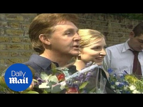 McCartney & Mills announce their engagement back in 2001 - Daily Mail