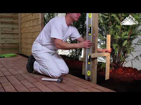 How to install wood fencing panels