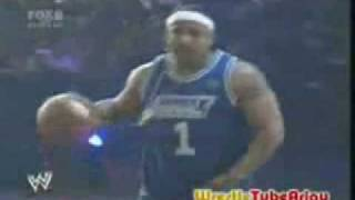 MVP vs Matt Hardy - WWE 1 on 1 Basketball