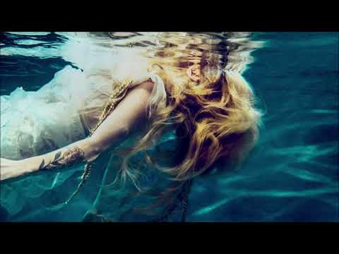 Avril Lavigne - Head Above Water (Audio)