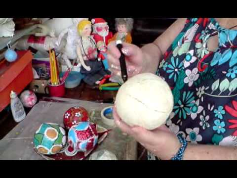 e0827d60e8504 Artesanato em Papel Mache (Handcrafts) - Bolas Decorativas - YouTube