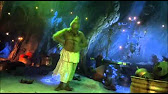 How The Grinch Stole Christmas Table Trick It S Not A Dress Its