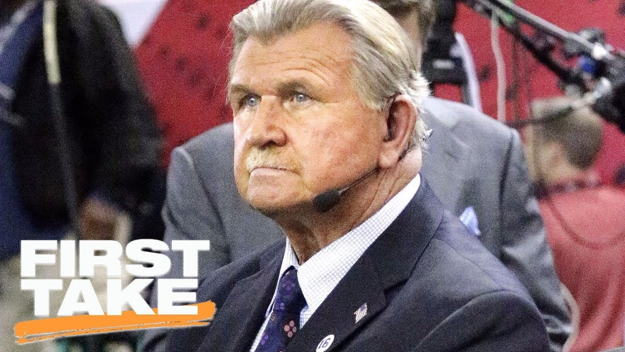Mike Ditka Criticizes Kneeling During National Anthem