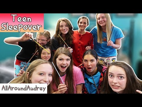 ULTIMATE TEEN SLEEPOVER PARTY WITH MY FRIENDS! FUN PARTY GAME IDEAS! / AllAroundAudrey