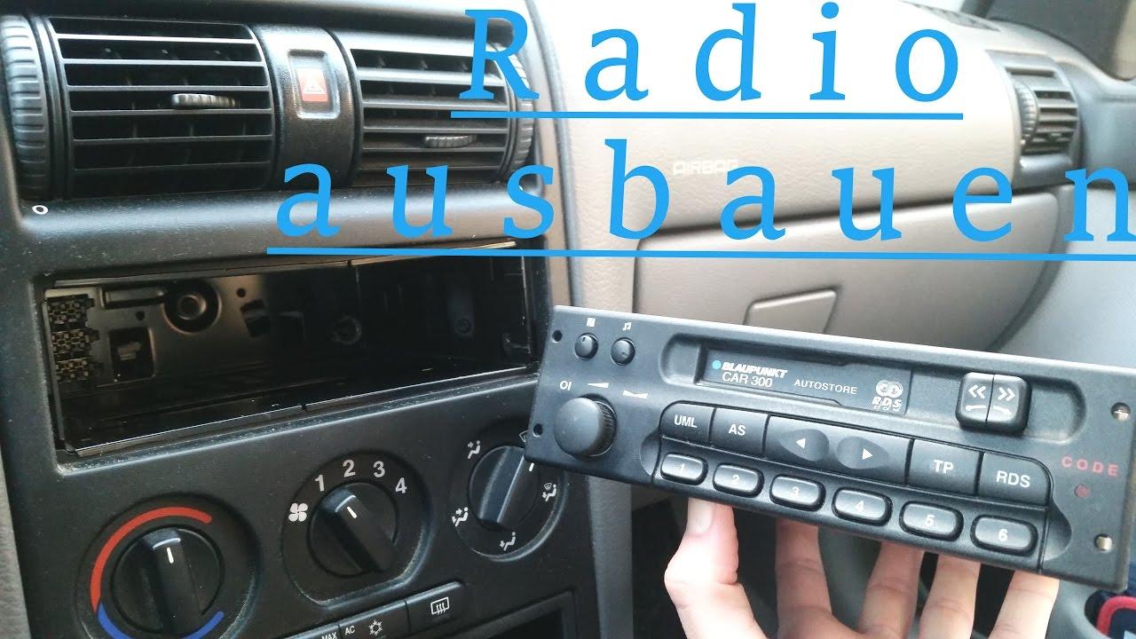 auto radio ausbauen ohne entriegelungswerkzeug opel astra g how to remove a car radio youtube. Black Bedroom Furniture Sets. Home Design Ideas