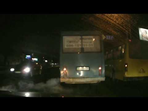 Водії маршруток в Броварах регулярно порушують ПДР! Зупинка школа-інтернат