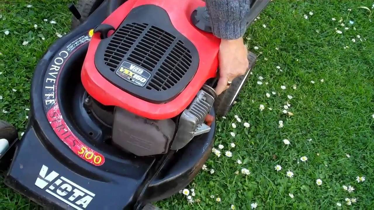 victa 2 stroke mulcher lawn mower corvette youtube rh youtube com Tata Sumo Victa Victa Watch