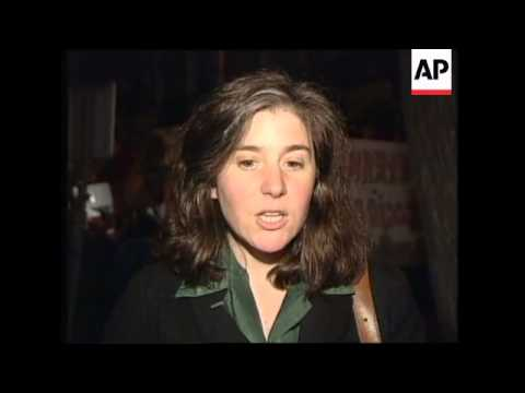 SPAIN: MADRID: ANTI PINOCHET PROTESTS OUTSIDE BRITISH EMBASSY