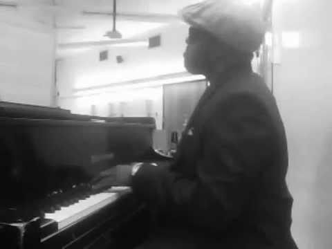 We Fall Down - Donnie McClurkin Chords - YouTube