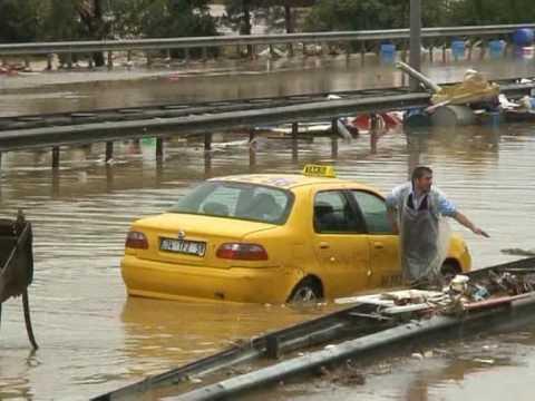 Erneut Tote bei Regen-Chaos in Istanbul