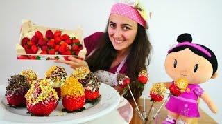 Yemek yapma oyunu. Sevcan ve Şila çikolatalı çilek yapıyor.🍓😋 #kızoyunları