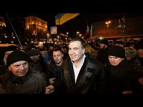 Ukraine judge frees opposition leader Mikheil Saakashvili