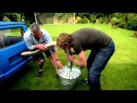 Build Your Own Car >> Smoking Salmon in a Robin Reliant car - Gordon Ramsay ...