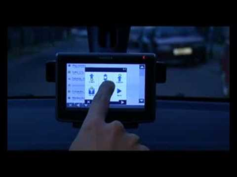 Nokia 500 Auto navigation - First Look