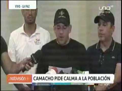 07 11 19 LIDER CIVICO BRINDO CONFERENCIA EN LA PAZ (UNO)