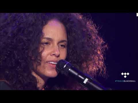 Alicia Keys - Holy War Live 2016