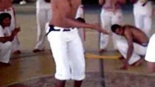 karuna capoeira mestre indio monitor kalçça!!!