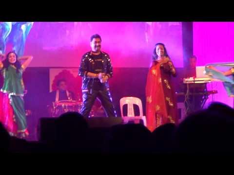 Kumar Sanu & Sadhana Sargam Live Sydney - Teri chunariya dil le gayi