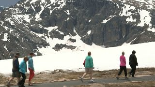 National Park Service turning to user fees, volunteers to keep running during shutdown