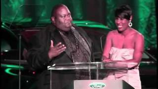 Download Best Soul Food Place 2010 Hoodie Award Winner with Lavell Crawford Mp3 and Videos