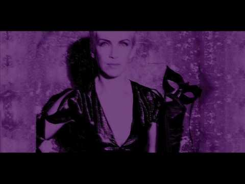 Annie Lennox Live With Me And Be My Love 2002
