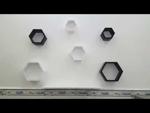 Kệ trang trí treo tường hình lục giác